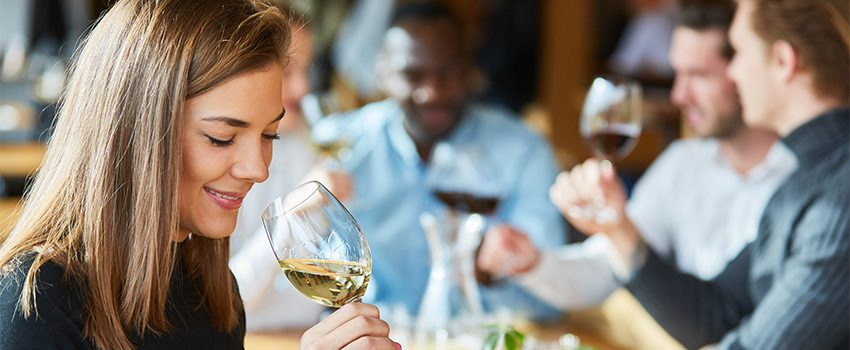 12 Surprising Health Benefits of Wine