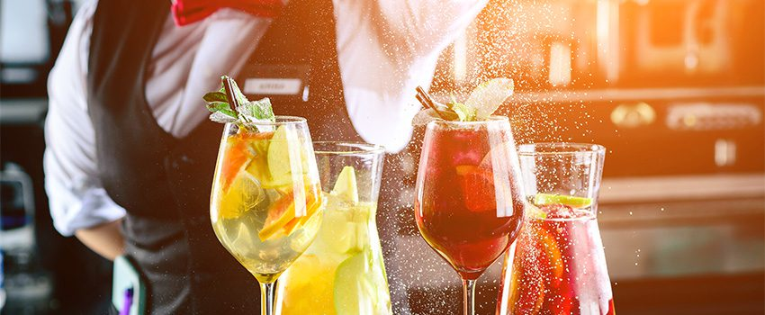 6 Tasty Wine Cocktails to Make in 2020