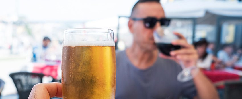 Read more about the article A Toast to Your Health: Which is Better, Beer or Wine?